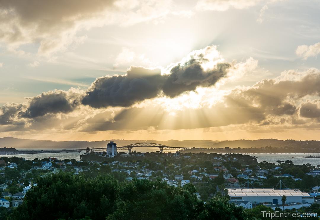 Новая Зеландия: знакомство с Оклендом и закат на Mount Victoria